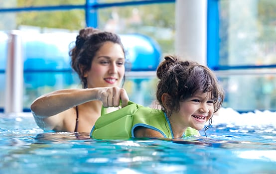 Schwimmen lernen – ein Muss für Kinder!