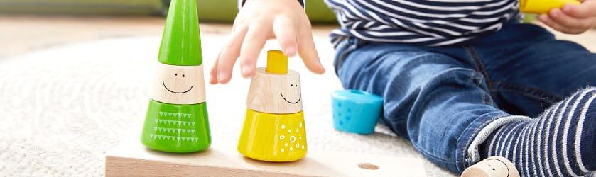 holzspielzeug f r babys kleinkinder bestellen jako o. Black Bedroom Furniture Sets. Home Design Ideas